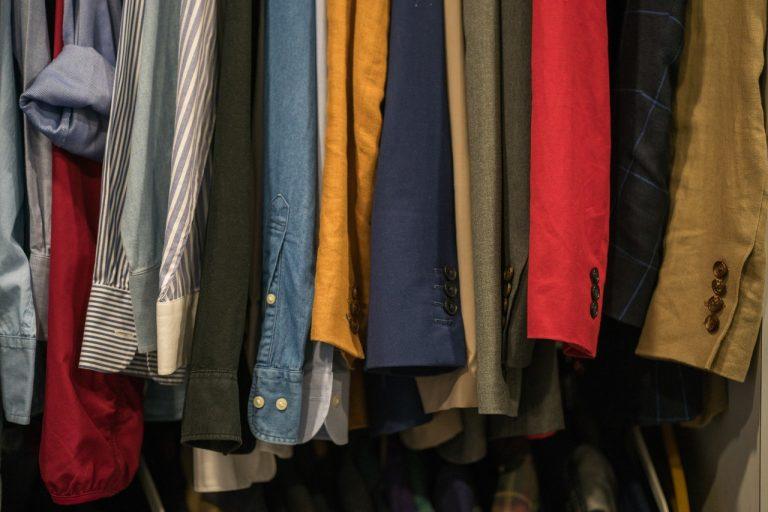 Pracovné oblečenie nemusí byť nudné a nepohodlné